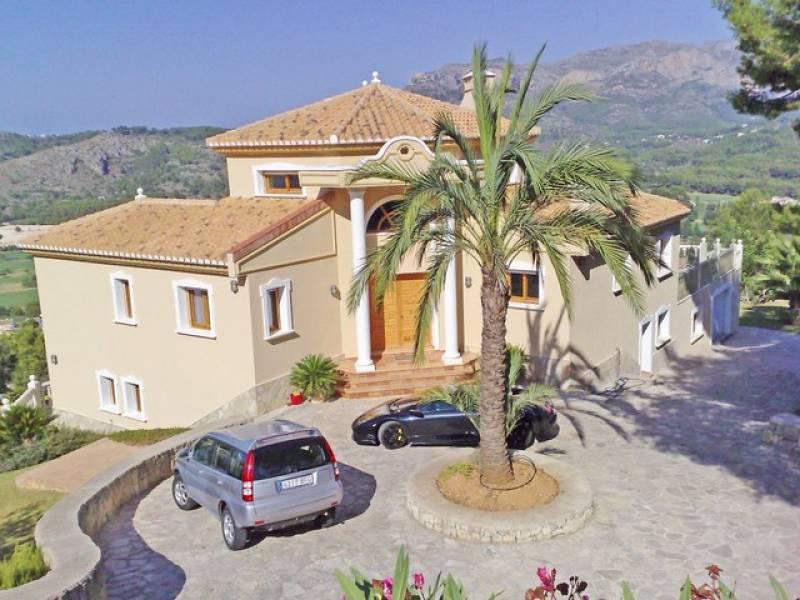 Exclusiva villa en La Sella Golf con vistas al mar (PSC9546)