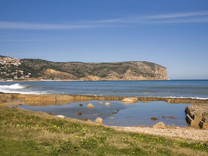 Primer Muntanyar - 12 playas y calas de Jávea: una para disfrutar cada mes el año