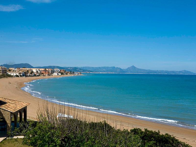 Denia, propiedades en la Costa Blanca en las playas con Bandera Azul 2018